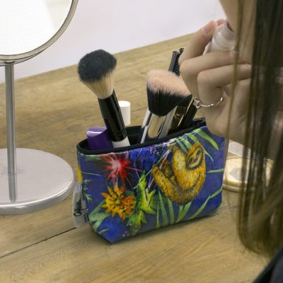 Animal Surprise - Tropical Inspired Travel & Beauty Makeup Bag