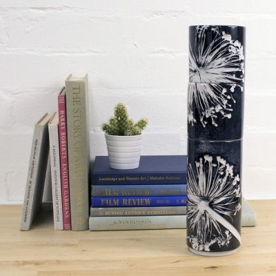 Alliums | White & Charcoal Grey Stacking Mug, Gift Set of 4