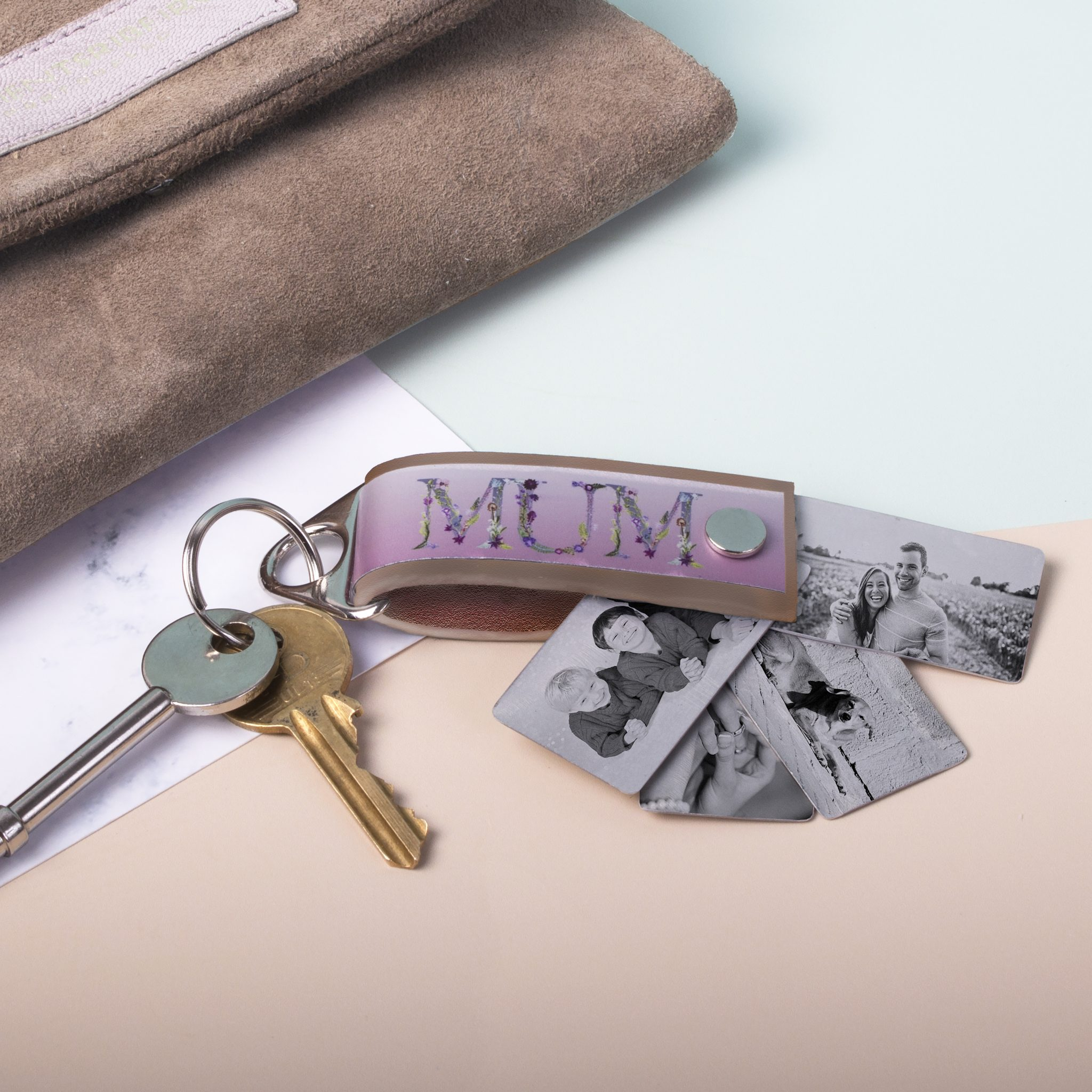Floral Letter Womens Leather Photo Keyring - Personalised Gift 7cead0668
