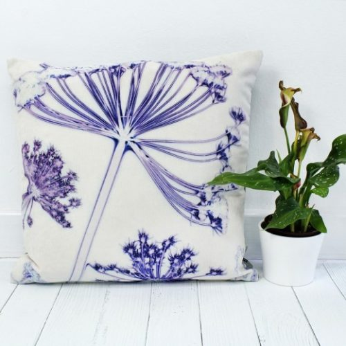 Fennel Canopy | White & Violet Sofa Cushion Country Style